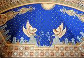 "Постер, картина, фотообои ""ангелы подрисовали потолок церкви"""