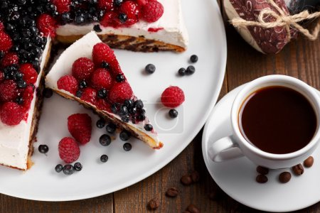 Pie with fresh raspberry and blueberry