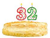 Narozeninový dort svíčky číslo třicet dva izolované