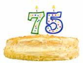 Narozeninový dort svíčky číslo sedmdesát pět izolovaných