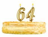 Narozeninový dort se svíčkami číslo šedesát čtyři
