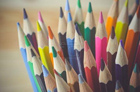 Photo pour Crayons de couleur comme fond - image libre de droit