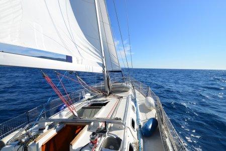 Photo pour Yacht, régate. - image libre de droit