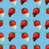strawberries in dark and white chocolate Seamless pattern