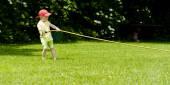 Dítě tvrdohlavost hadice