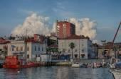 Turistické přístav Koper Slovinsko v létě v době západu slunce