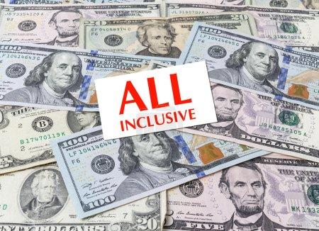 Photo pour Carte « All inclusive » sur fond de dollars - image libre de droit