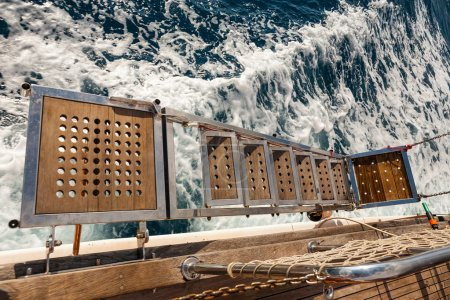 Ship's gangway