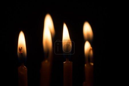 Photo pour Bougie lumineuse - image libre de droit