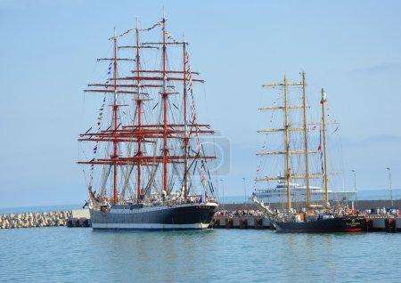"""Russian barque """"Sedov"""" and Bulgarian barquentine """"Kaliakra"""" in port of Sochi"""