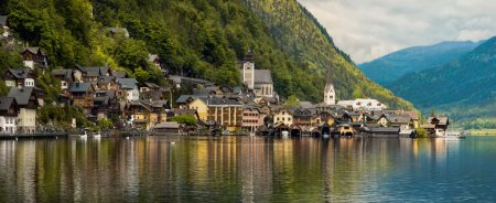 Beautiful mountain landscape with Hallstatt village. Tirol, Aust