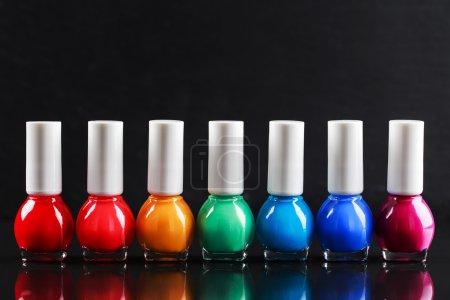 Nail polishes sorted like a rainbow