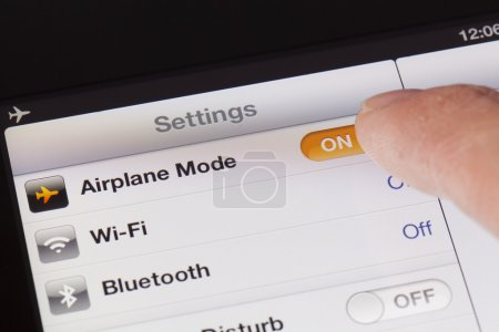 Switching to Airplane mode on an iPad