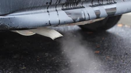 Staré auto znečištění