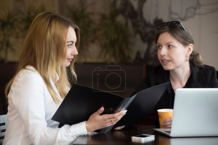 Discussing document