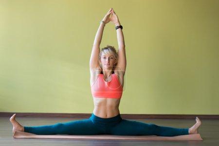 Yoga Samakonasana pose