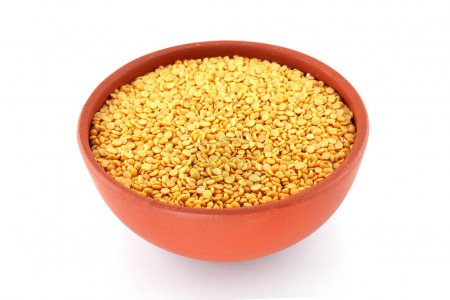 Yellow Pigeon peas in a terracotta bowl