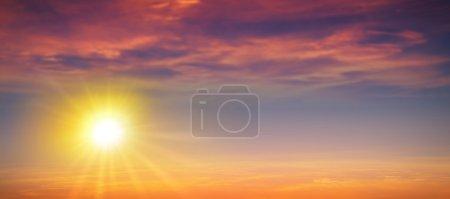 Photo pour Fond de soleil d'été de haute résolution - image libre de droit