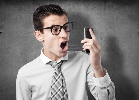 Foto de Hombre de negocios enojado en el teléfono - Imagen libre de derechos