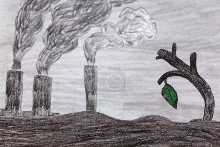 Photo pour Il y a qu'une seule feuille verte sur l'arbre sec sur fond d'usines polluantes de l'air (eau et terre) image faite par moi. - image libre de droit