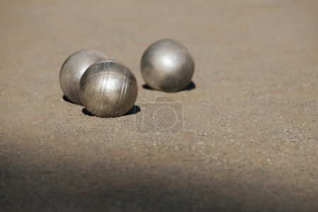 Metallic petanque balls