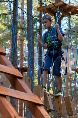 boy on the ropes course Attractions (03)