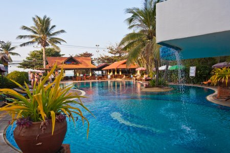 The pool near the hotel in Pattaya