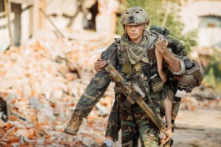 Foto de Privado militar contratista durante la operación de rescate - Imagen libre de derechos