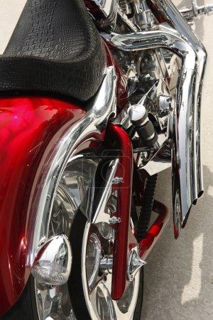 Photo pour Gros plan sur les détails d'une moto de grande puissance - image libre de droit