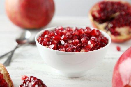 Pomegranate fruit in bowl