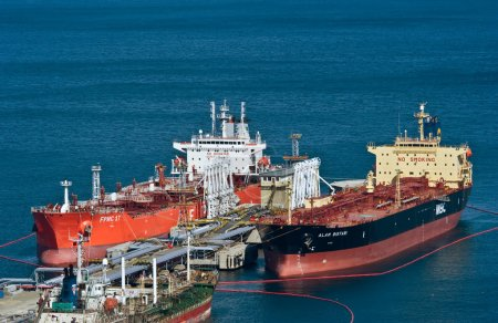 Tankers FPMC 17 and Alam Bistari near the oil terminal company Rosneft. Nakhodka Bay. East (Japan) Sea. 10.04.2014