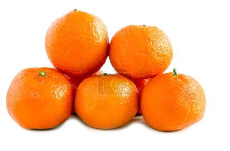Photo pour Tangerine, mandarine isolé sur fond blanc - image libre de droit
