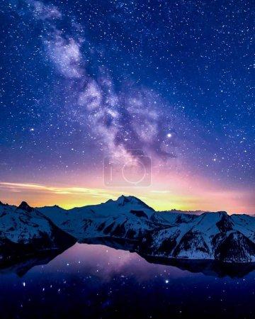 Photo pour Paysage avec galaxie de la Voie lactée. Ciel nocturne avec étoiles - image libre de droit