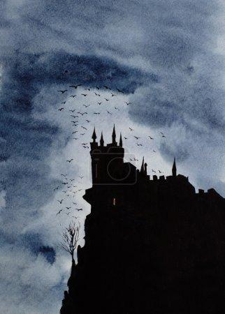 Photo pour Château sombre et un troupeau de corbeaux - image libre de droit