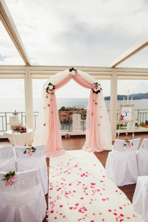 Wedding isle and arch with sea view