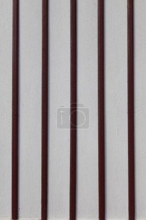 painted wooden lagging