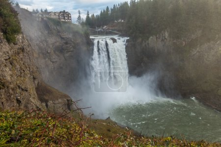 Powerful Snoqualmie Falls 2