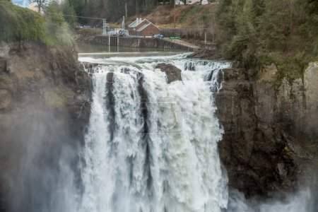 Powerful Snoqualmie Falls 4