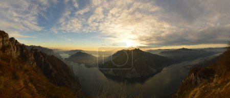 Panoramic view on Lake Como and Lombardy