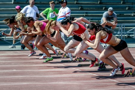 Girls compete in 100 m