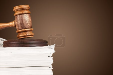 judge hammer  and documents