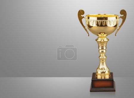 Photo pour Objet trophées d'or sur fond - image libre de droit