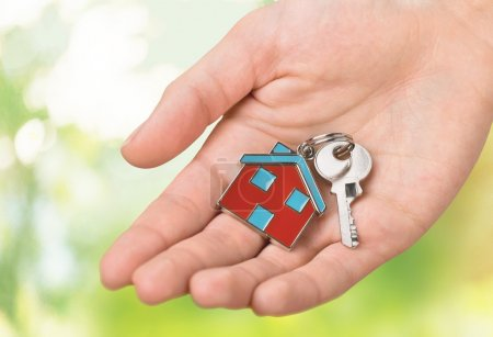 House keys with house figure