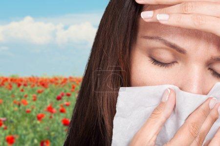 Pollen, fever, spring.