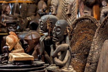 sculptures, paintings Kenya, African masks, masks for ceremonies
