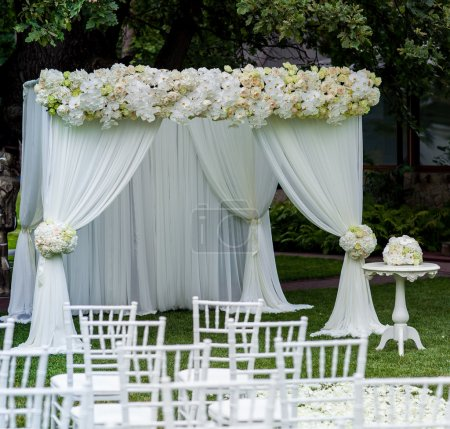 Photo pour Décorations de cérémonie de mariage - image libre de droit