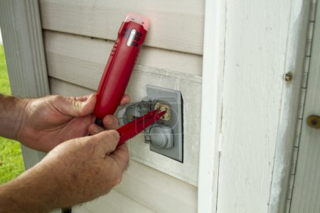 Testing A Outside Elecrical Outlet