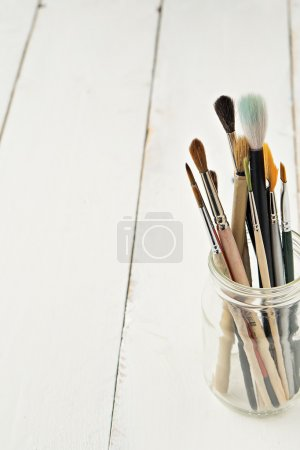 different types of watercolor brushes