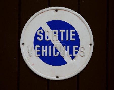 sortie véhicules sign