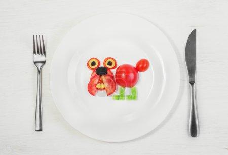 Bulldog of fresh tomatoes